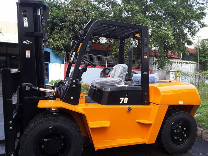 xe-nang-7-tan (4)