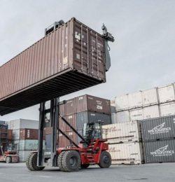 3 tiêu chí quan trọng lựa chọn xe nâng container chuẩn không cần chỉnh