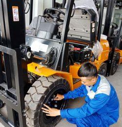Lịch trình và quy trình bảo trì bảo dưỡng xe nâng đúng cách