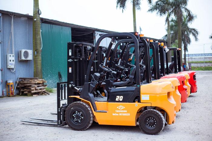 Xe nâng dầu 2 tấn Hangcha giúp nâng cao hiệu suất làm việc