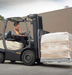 4 xe nâng tải nặng- xe nâng công suất cao tốt nhất