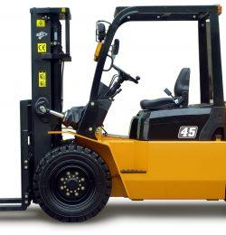 Gia tăng lợi nhuận trong kinh doanh với xe nâng Trung Quốc 4.5 tấn