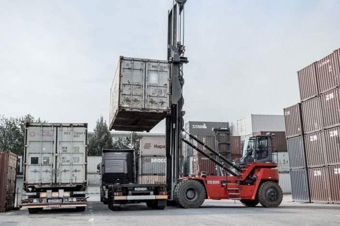 xe-nang-gap-container-4