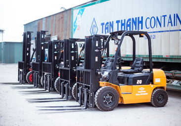 Xe nâng dầu Hangcha 2 tấn