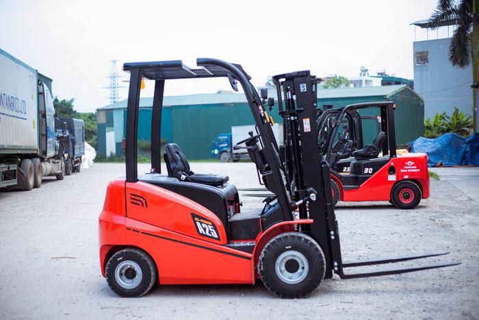 ĐÁNH GIÁ cấu tạo xe nâng điện và các ứng dụng của xe