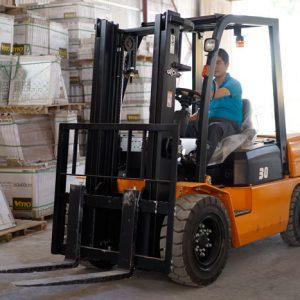 GỢI Ý địa chỉ bán xe nâng dầu uy tín tại Hà Nội & Hồ Chí Minh