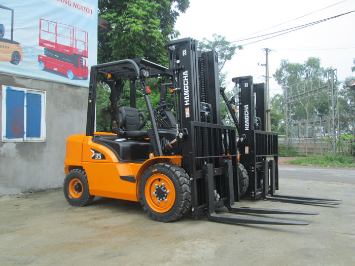 xe-nang-chui-container (3)