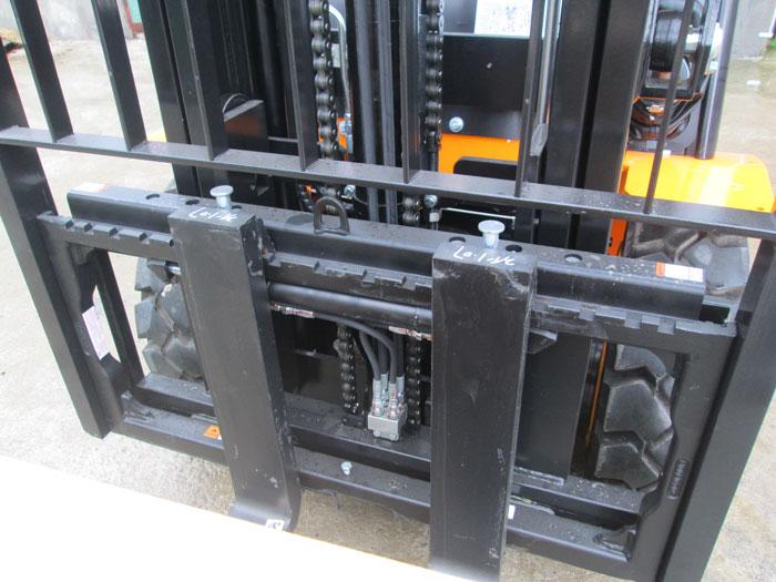 xe-nang-chui-container (7)