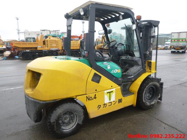 xe-nang-dau-komatsu-cu-4-tan-2008 (4)