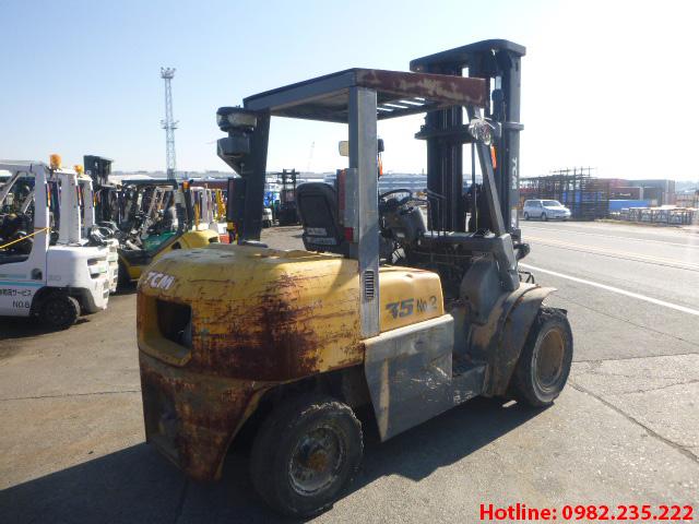 xe-nang-dau-tcm-cu-3-5-tan-2012 (4)
