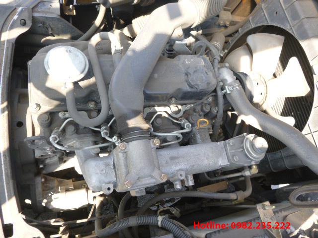 xe-nang-dau-tcm-cu-3-tan-2011 (5)