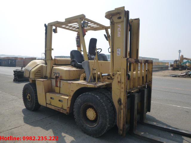 xe-nang-dau-tcm-cu-7-tan-2009 (2)