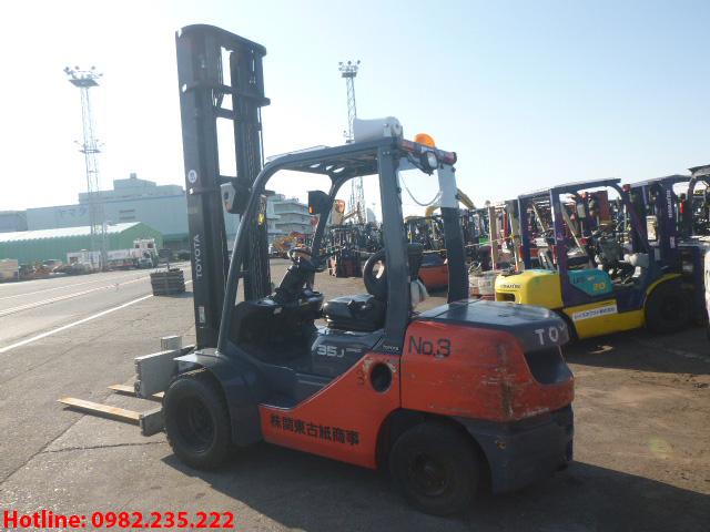 xe-nang-dau-toyota-cu-3-5-tan-2013 (3)