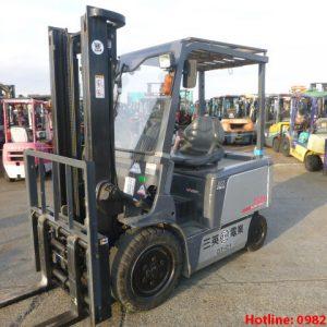 Xe nâng điện TCM cũ 3 tấn 2004