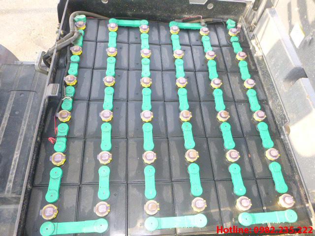 xe-nang-dien-tcm-cu-3-tan-2004 (6)
