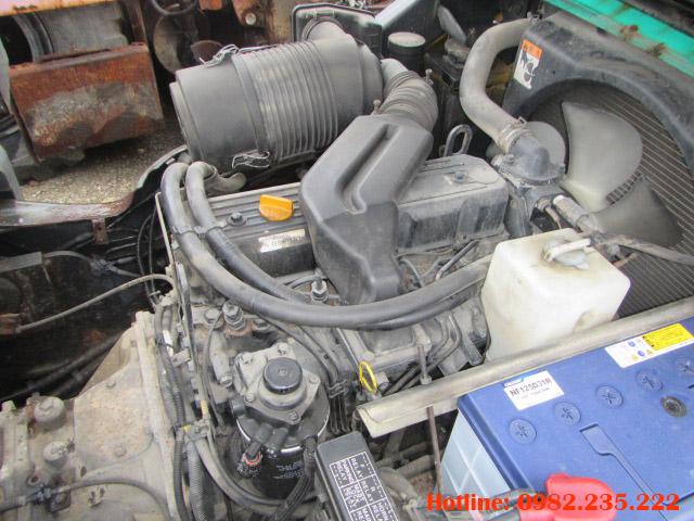 xe-nang-dau-komatsu-cu-2-5-tan-2006 (5)