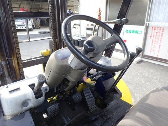 xe-nang-dau-komatsu-cu-3-5-tan-doi-1998 (9)