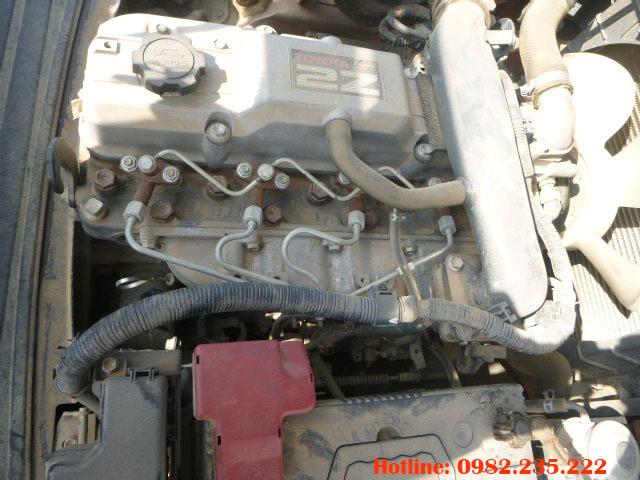 xe-nang-dau-toyota-cu-2-5-tan-2006 (5)