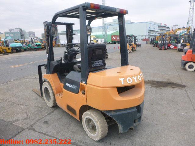 xe-nang-dau-toyota-cu-2-tan-2006 (3)