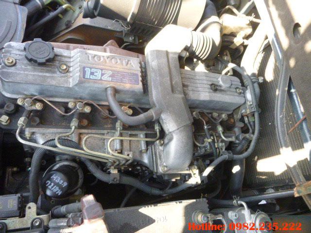 xe-nang-dau-toyota-cu-3-5-tan-2004 (5)