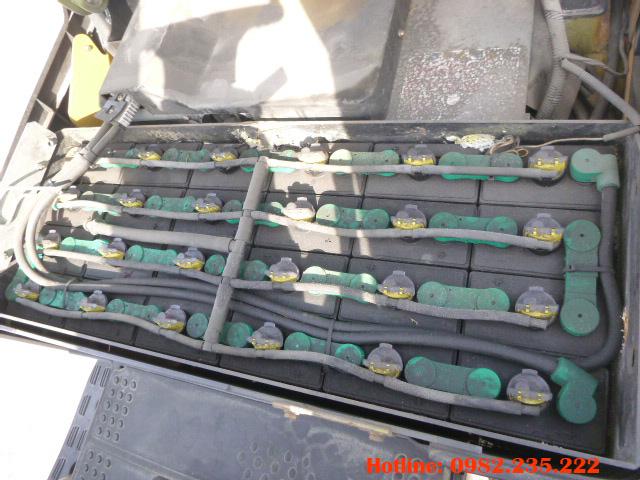 xe-nang-dien-3-banh-komatsu-cu-1-tan-2008 (5)