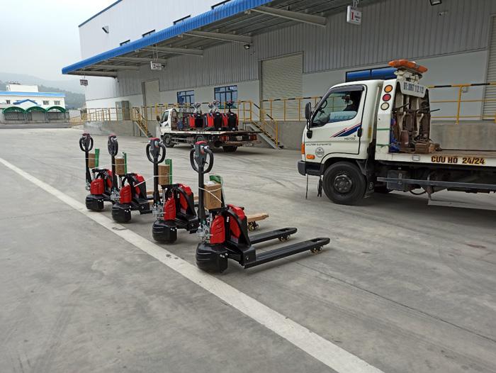 xe-nang-pallet-truck-(2)